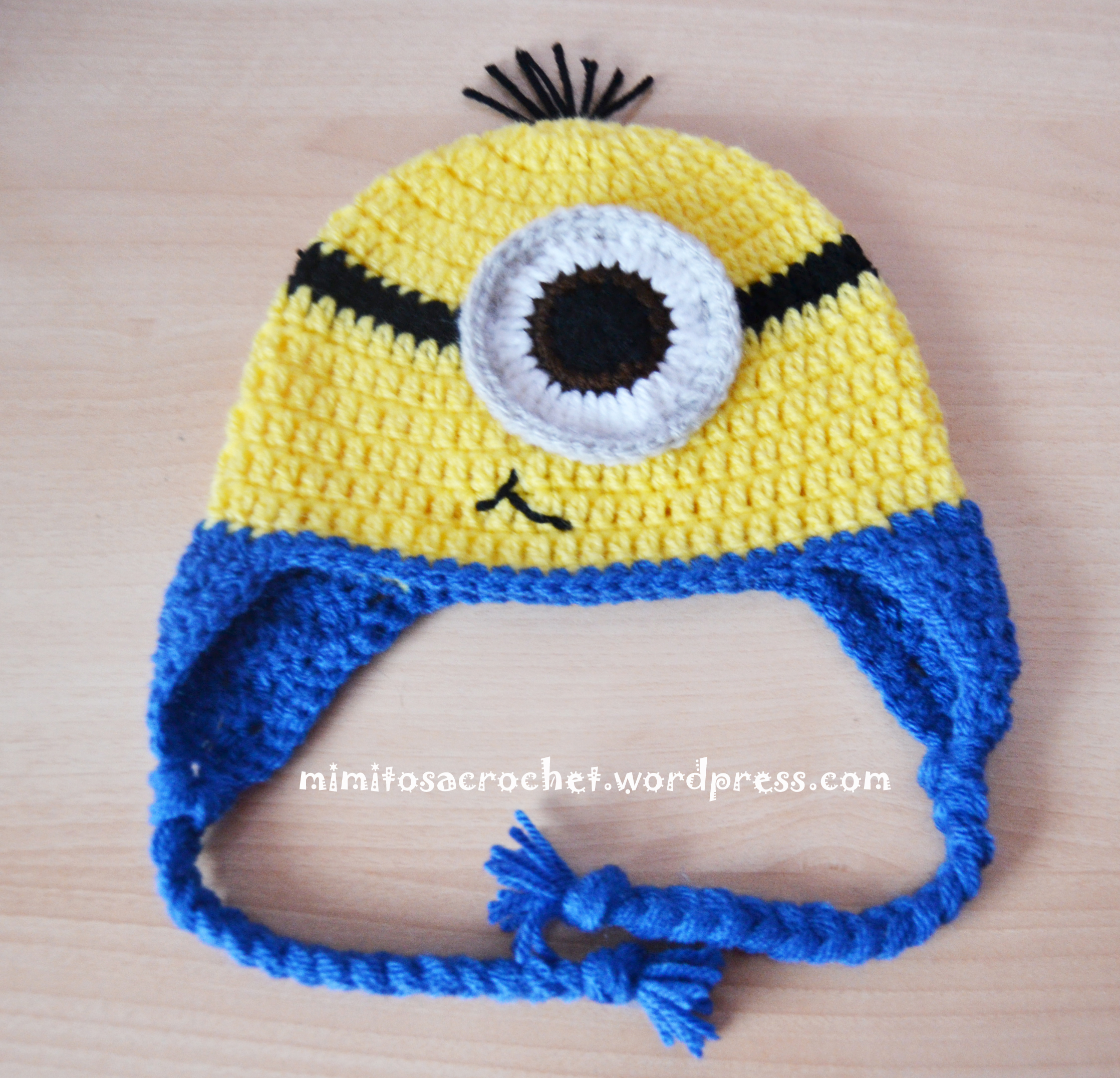 gorro de minion a crochet mimitos a crochet. Black Bedroom Furniture Sets. Home Design Ideas
