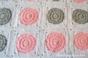 Manta Granny Circular Rosa-Gris 001